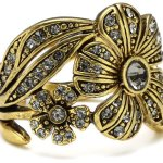 Pilgrim Jewelry Damen-Ring aus der Serie Desert flower vergoldet grau verstellbar 1.6 cm 121232104 B008RTTUL6